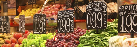assortment of produce with spanish labels